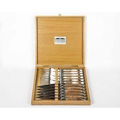 Набор ножей и вилок с рукоятками из кости верблюда от Goyon-Chazeau