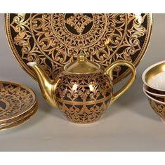 Фарфоровый чайник 600 мл АЛЕКСАНДРИЯ 2283 (черно-золотой декор) от Leander