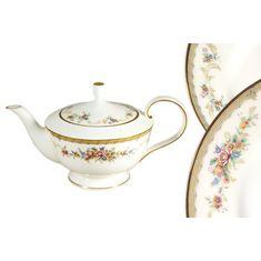Фарфоровый заварочный чайник 600 мл НАСЛАЖДЕНИЕ от Narumi